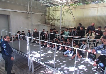 اردوی دهه فجر در مدرسه