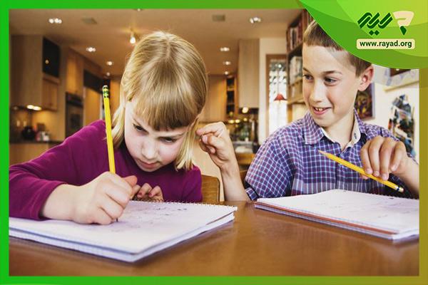 دانش آموز بیش فعال ابتدایی
